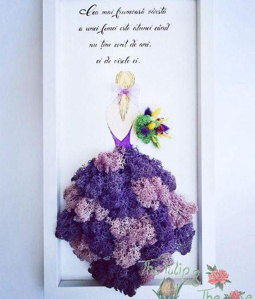 Domnisoara cu buchet din floricele uscate (personalizabil)